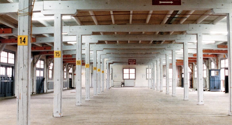 Interior Nieuw en Meer before the rebuilding. Photo: Jolande Gerner