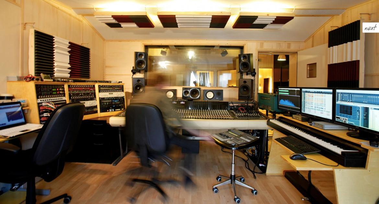 Warning Studios 2