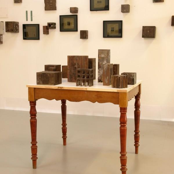 Compositie op tafel - Bart Kelholt