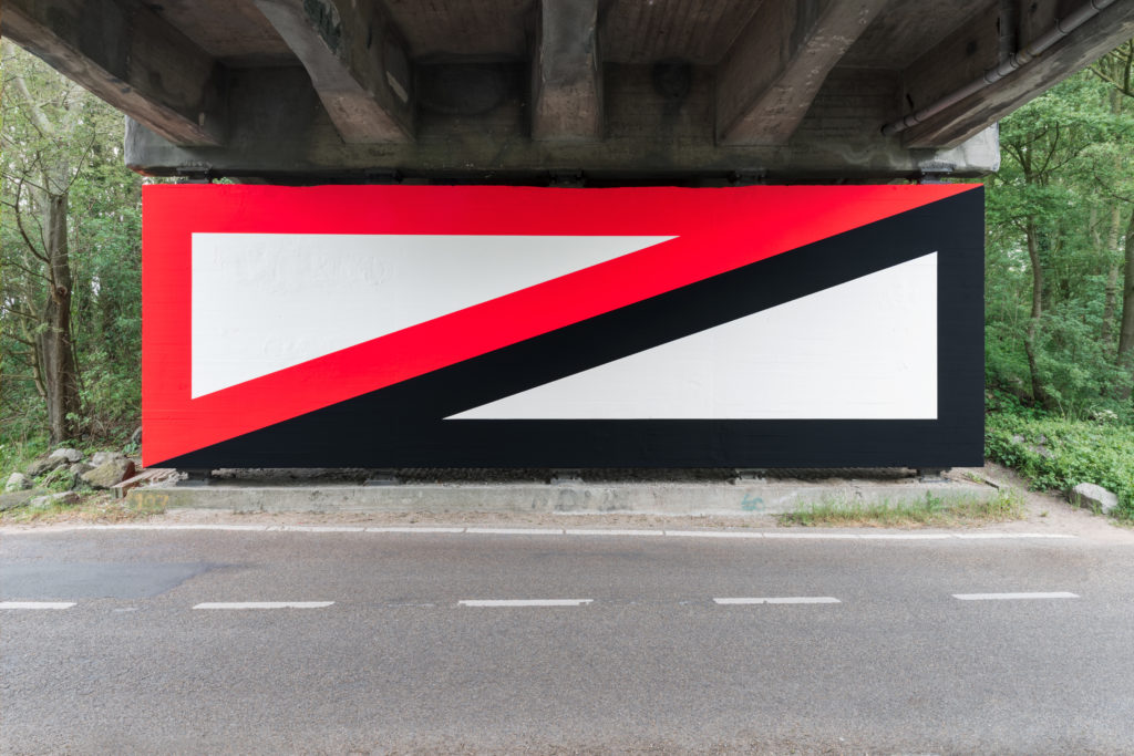 Jan van der Ploeg, WALL PAINTING No.483, Untitled, 2019, 350 x 1100 cm., acrylic on wall, Nieuw en Meer, Amsterdam, The Netherlands 2